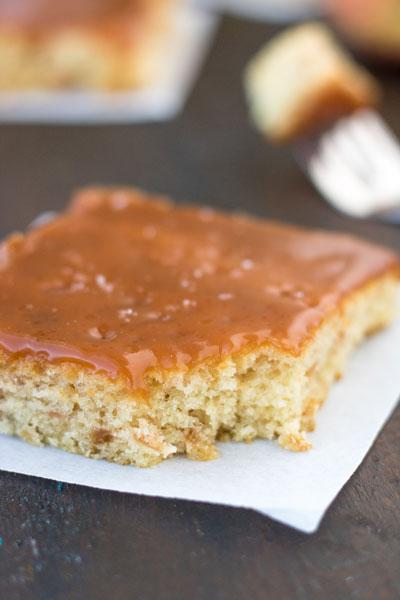 caramel_apple_sheet_cake_pipercooks-92