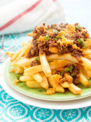 Loaded Chili Fries - Pipercooks.com