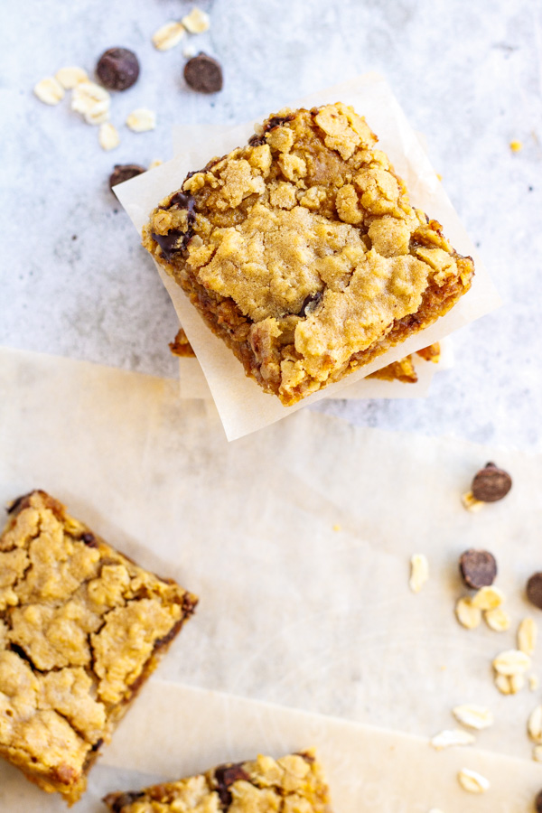 Peanut Butter Oat and Chocolate Chip Cookie Bar - PiperCooks