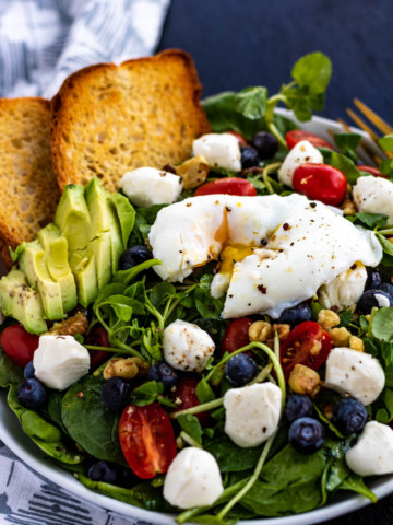 Breakfast Salad with Poached Eggs